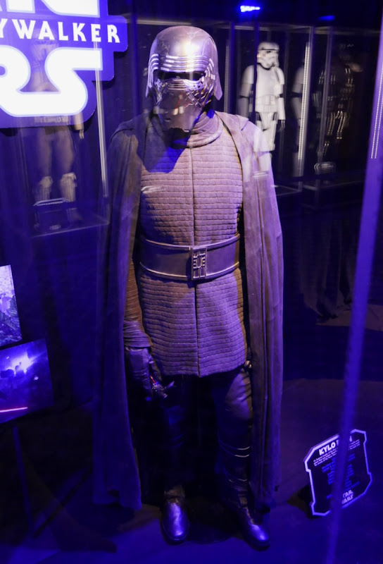 Hollywood Movie Costumes And Props Rey And Kylo Ren