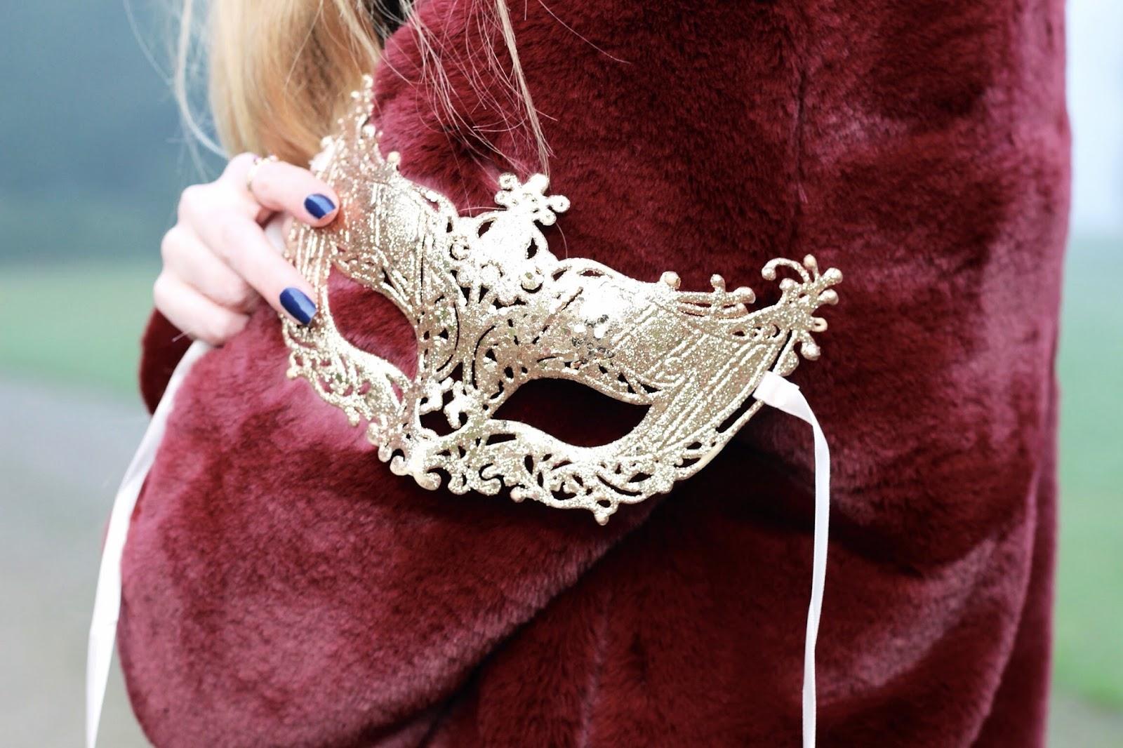 NYE masquerade ball party gold mask