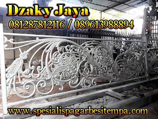 Bentuk Railing Tempa Mewah Terbaru, Railing Besi Tempa Mewah Klasik