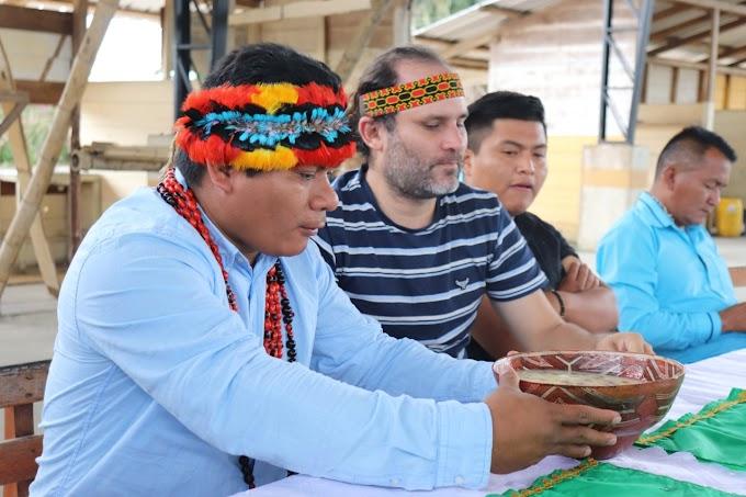 Confeniae y Coica junto a la Directiva de la Comuna San Jacinto del Pindo