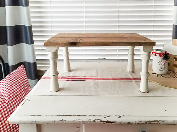 bed tray with tall legs