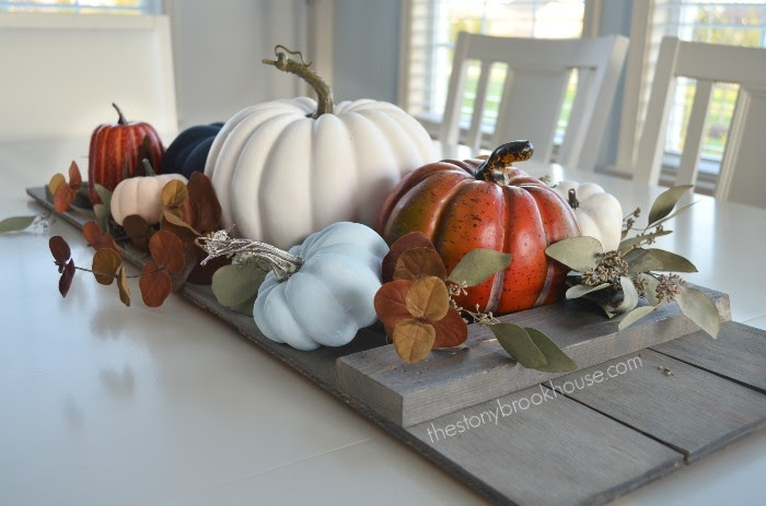 Dining Table Fall Pumpkins side view