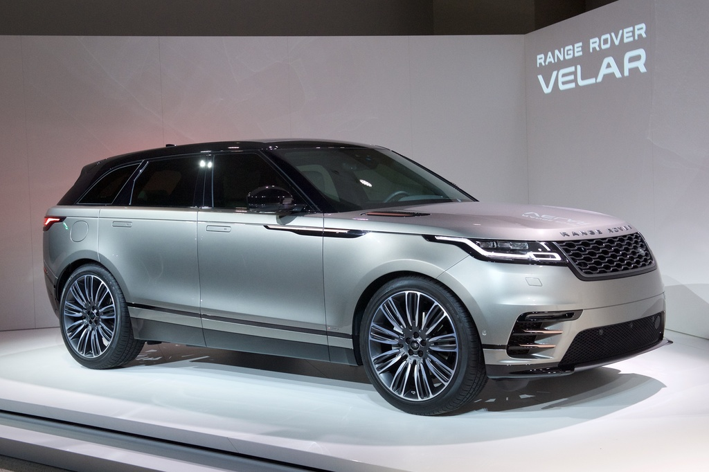 motoring malaysia range rover velar the new compact luxury suv from range rover. Black Bedroom Furniture Sets. Home Design Ideas