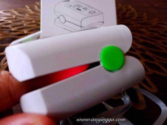 cara menggunakan pulse oximeter