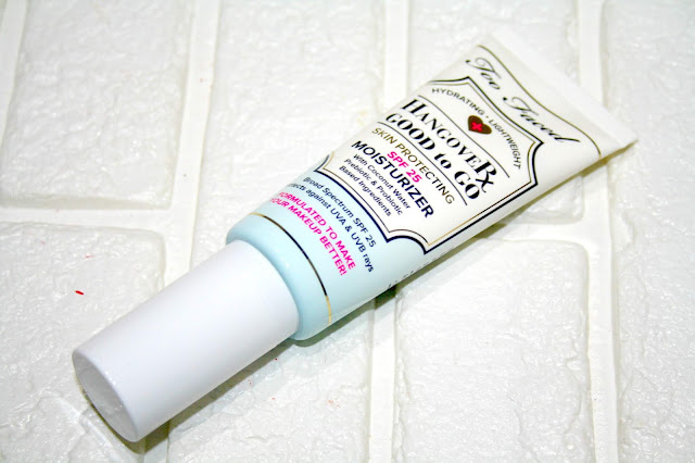 Too Faced Hangover Good To Go Skin Protecting Moisturizer SPF25