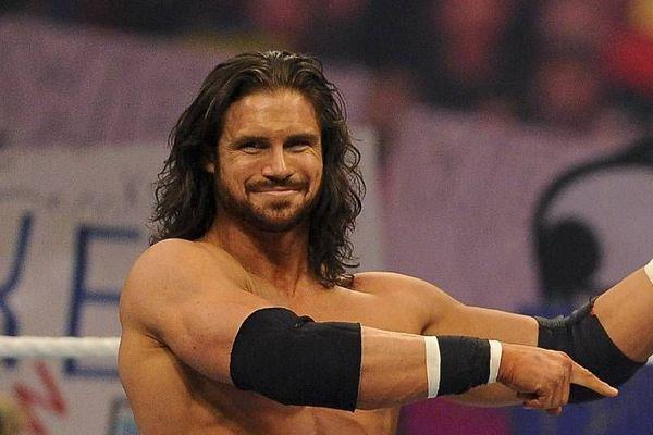 جون موريسون يكشف سبب عودته إلى WWE