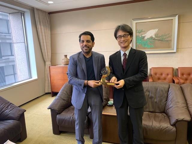 مالية الشارقة تبحث تعزيز التعاون مع بنك اليابان للتعاون الدولي