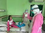 Gubernur NTB Sapa Pasien COVID-19 di Ruang Perawatan RSUD Provinsi