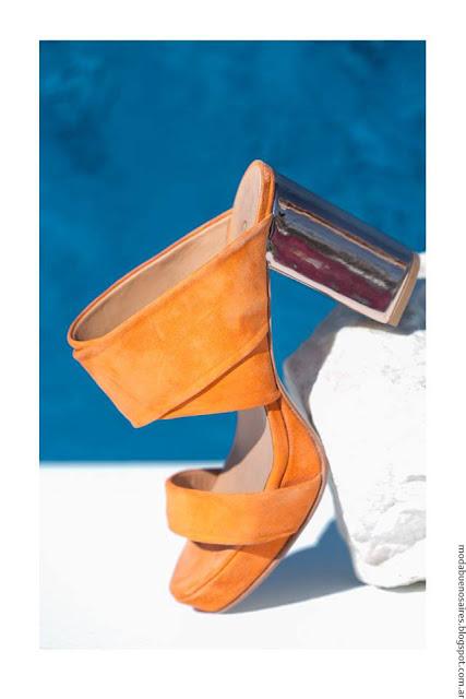 Moda verano 2017 accesorios, calzado femenino, bijou, bolsos y carteras 2017.