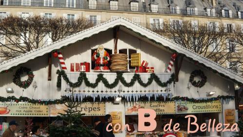 Mercadillo navideño cerca del Louvre