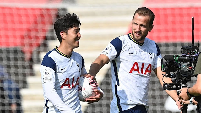 Harry Kane and Son Heung Ming during a Tottenham Hotspur