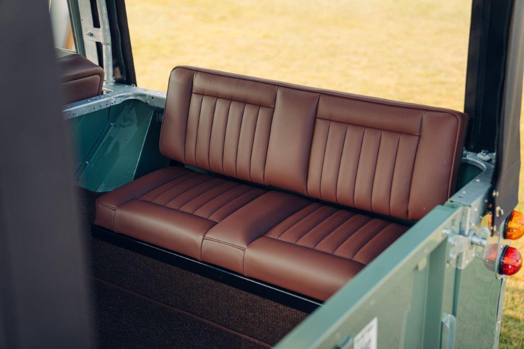 لاندروفر سيريز 2 إيه الكهربائية المقاعد الخلفية