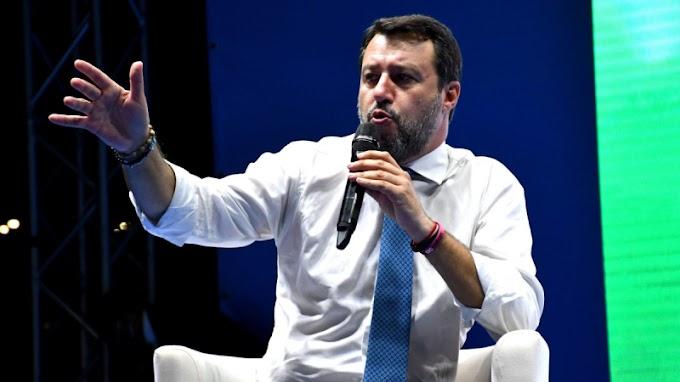 """Salvini: """"A lengyelekkel és a magyarokkal új európai parlamenti képviselőcsoporton dolgozunk"""""""