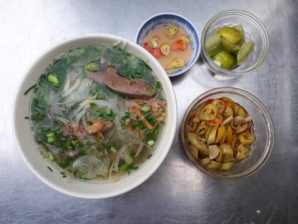 Quán hủ tiếu - mì Trang hương vị ngon với đồ lòng