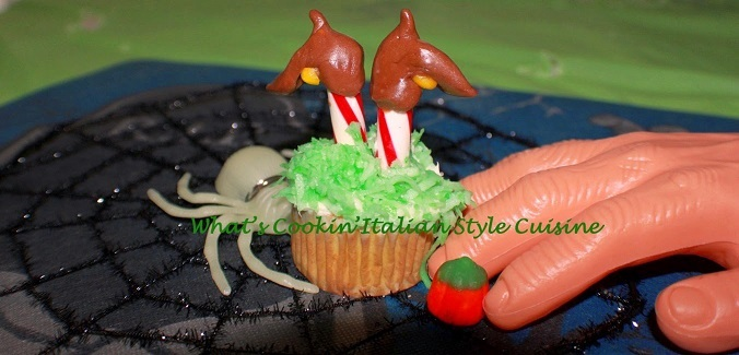 these are wicked witch cupcakes from the wizard of oz