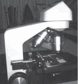 Memutar Knop Lensa Objektif