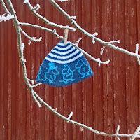 https://laukkumatka.blogspot.com/2019/11/korvat-peittoon-little-beanies.html