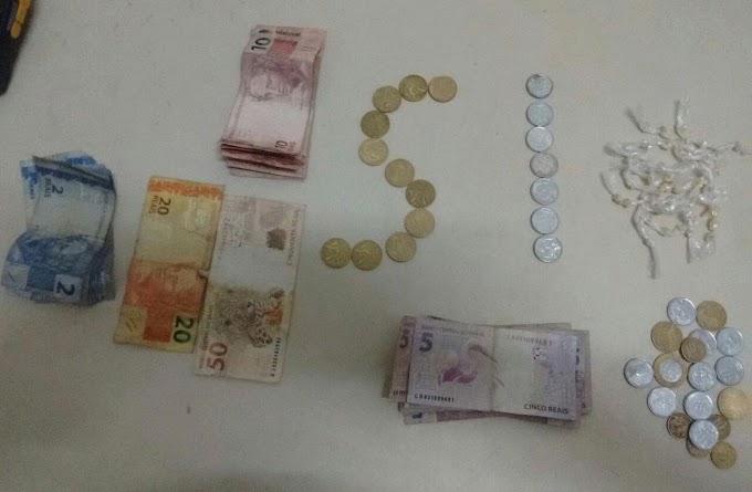 Polícia desarticula mais um ponto de tráfico de drogas em Caxias