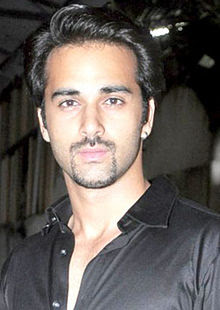 Pulkit Samrat Wiki, Height, Weight, Age, Wife, Family and Biography