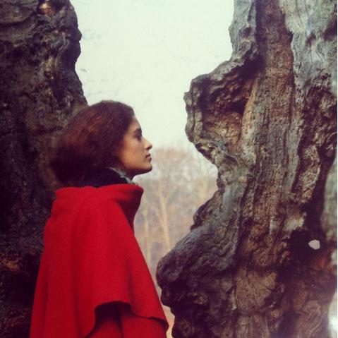 """Portrait de Delphine R2M """"La Fille du Consul"""" comme sortie d'un tableau de Rossetti"""