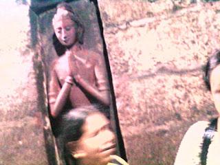 कामाख्या मंदिर में एक प्राचीन मूर्ति