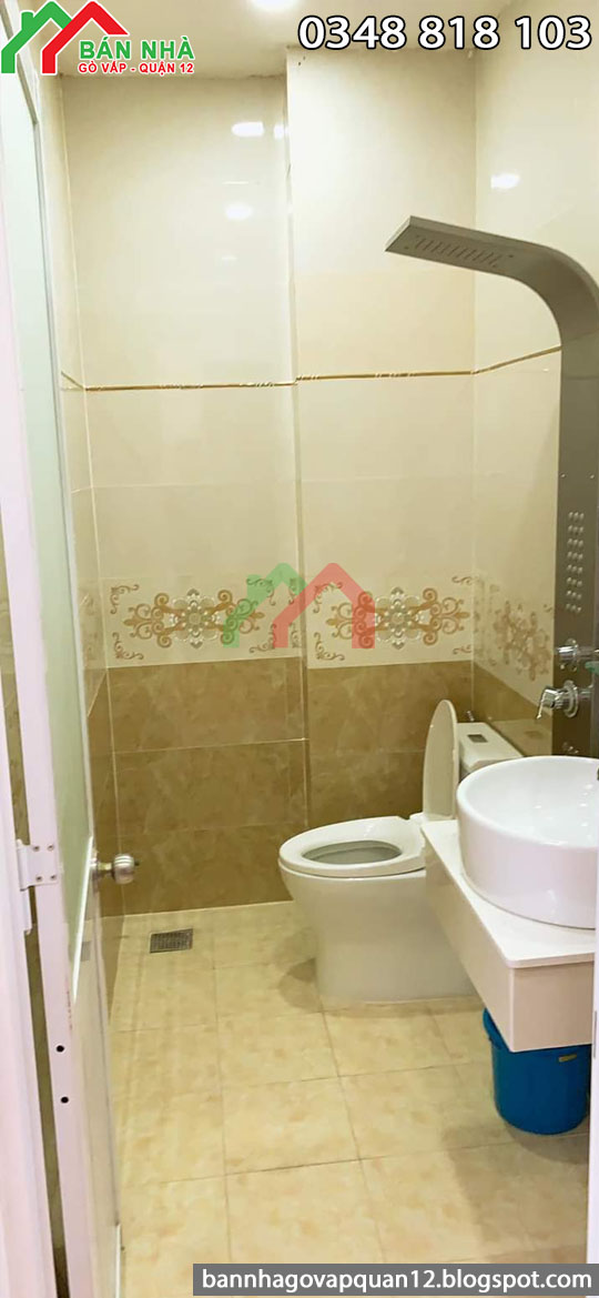 Toilet cao cấp