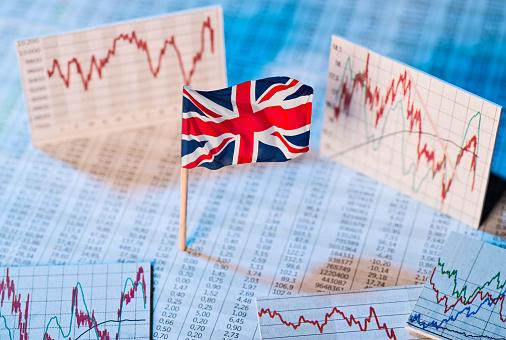 Экономика Великобритании во втором квартале вошла в глубокую рецессию