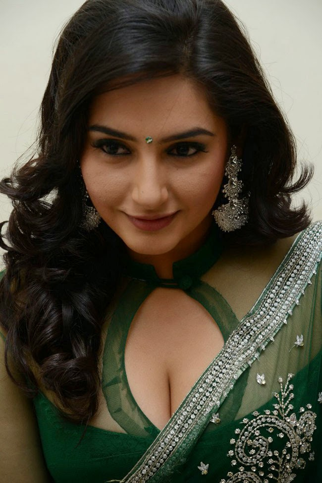 Ragini Bhabhi Beauty Show Photos  Hot And Sexy-5456
