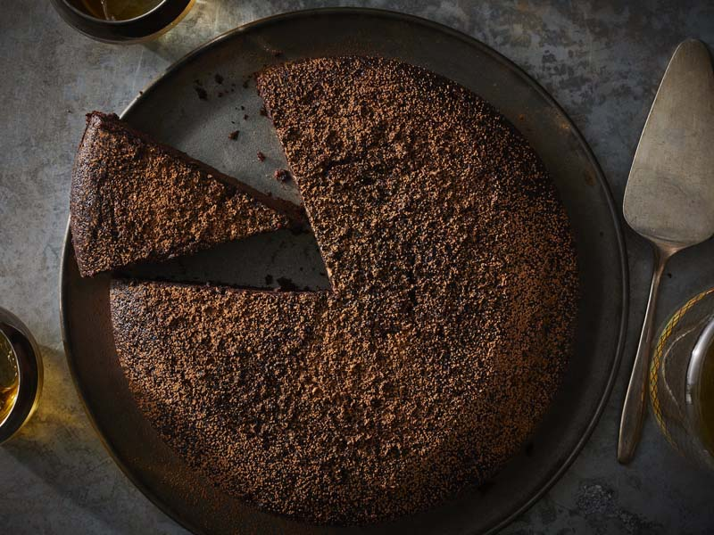 Gingerbread-Spiced Chocolate-Whiskey Cake