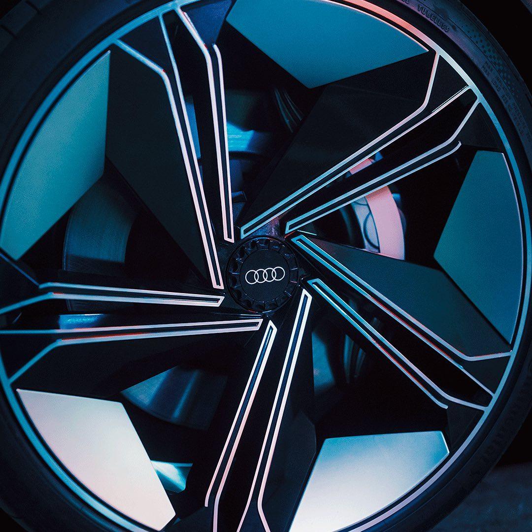 Velg Konsep Mobil Listrik Audi E-Tron GT Dirilis Gila