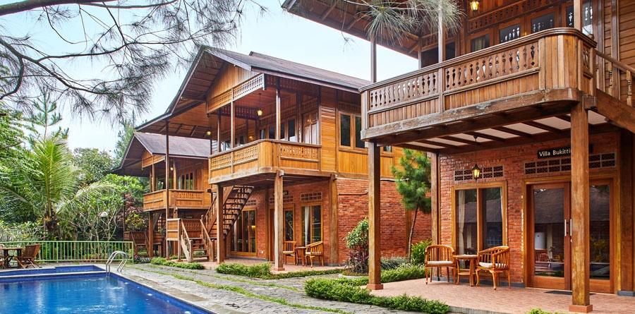 Jambuluwuk Ciawi Resort