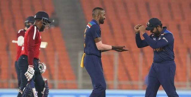 रोहित शर्मा को कप्तानी लेते ही भारतीय टीम को मिल गई जीत, ट्विटर पर मच गया बवाल
