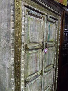 Precioso armario vintage de Comodé en desembalaje cantabria