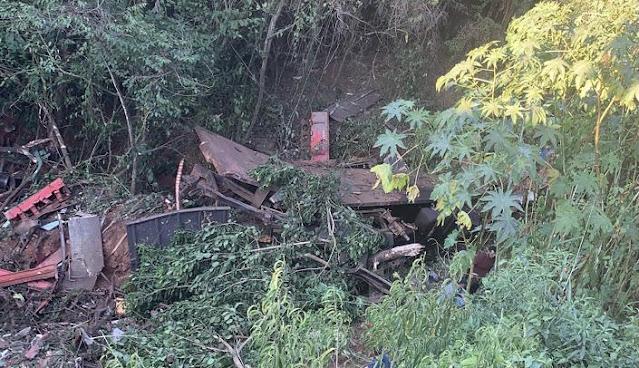 Três pessoas morrem em grave acidente na 487