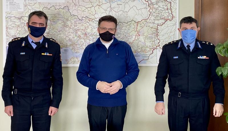 Εθιμοτυπική επίσκεψη των νέων Διοικητών της Πυροσβεστικής στον Αντιπεριφερειάρχη Έβρου