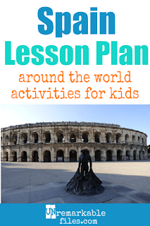 Building the perfect Spain lesson plan for your students? Are you doing an around-the-world unit in your K-12 social studies classroom? Try these free and fun Spain activities, crafts, books, and free printables for teachers and educators! #Spain #lessonplan