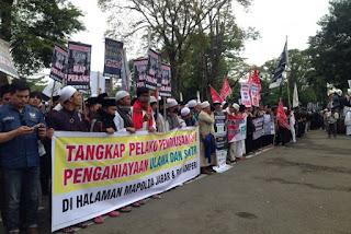 Memanas ! Aliansi Pergerakan Islam Jabar Desak Kapolri Copot Kapolda Anton Charliyan - Commando