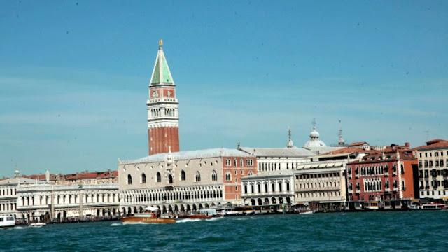 H Βενετία κινδυνεύει να καταστραφεί λόγω των... κρουαζιερόπλοιων
