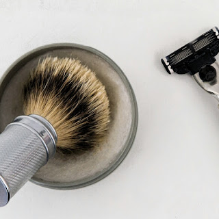 Badger razor man, Routine, The morning, The evening, Shaving, The perfect time
