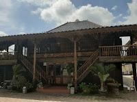 Rumah adat Sumatra Selatan