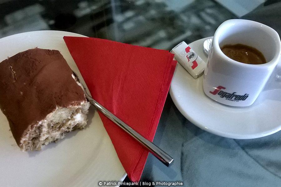 Esslingen am Neckar - In einer Espressobar
