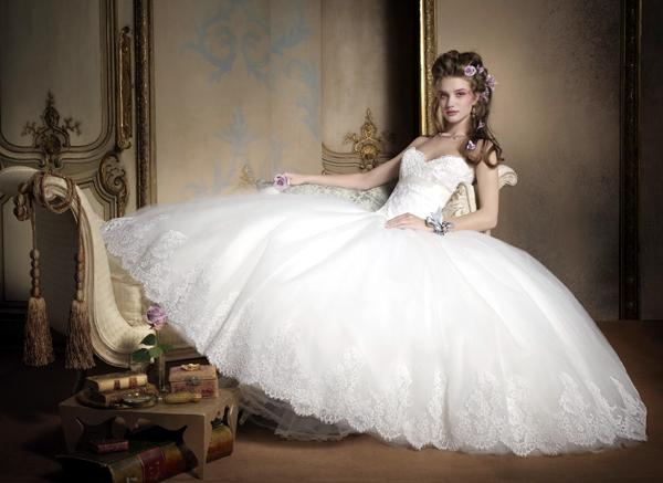 I Know, Right?: My Wedding Dresses