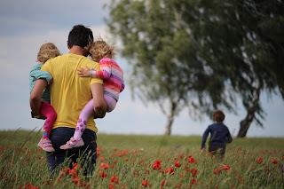 Bonding ayah dan anak