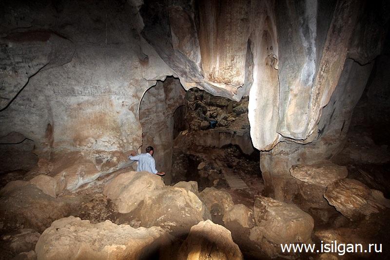 Пещера Пном Кбал Ромеас. Провинция Кампот. Камбоджа