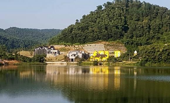 """Xử lý vụ """"xẻ thịt"""" đất rừng Sóc Sơn, huyện nói được thành phố khen"""