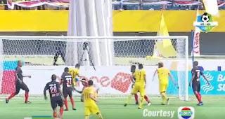 Sriwijaya FC vs Persipura Jayapura 2-2