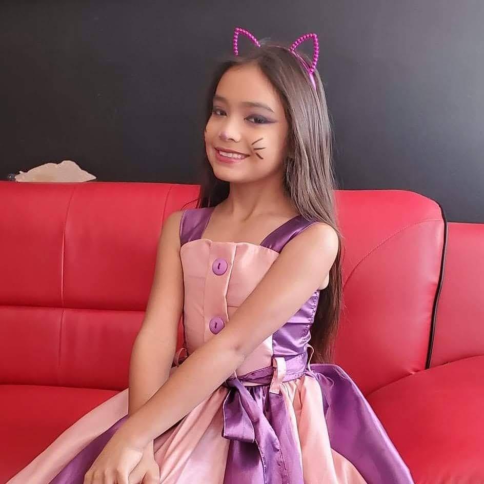 Angelee Vera 5