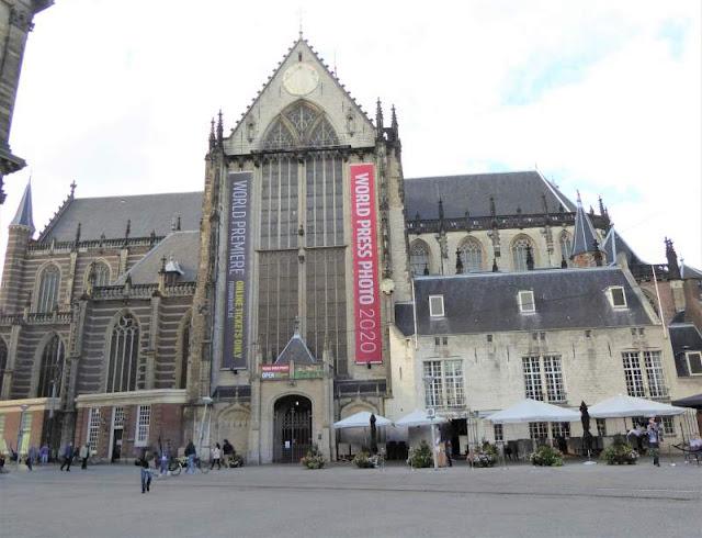 nieuwe kerk in piazza dam