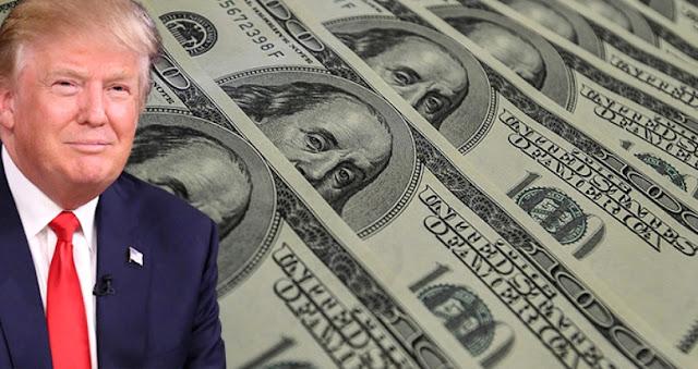 Dólar cae tras comentarios de Trump