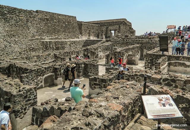 Vestígios de um bairro residencial no sítio Arqueológico de Teotihuacán